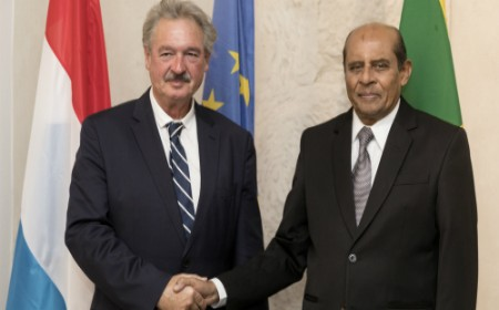 Foreign Minister Tilak Marapana meets with Minister of Foreign Affairs of Luxembourg Jean Asselborn in Luxembourg – 27.09.2017